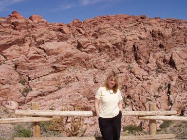 woman in front of Red Rock, las vegas